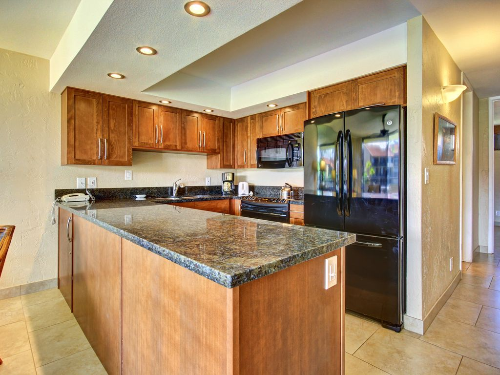 Fully Equipped Kitchen- NOT a kitchenette